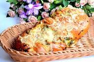 Sāļā štricele ar sieru un puraviem